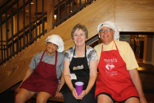 Walter, Maureen & Gary TVCBBQatRMH
