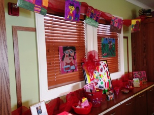 Our 2014 Valentine Making Station at the Oak Lawn RMH was made more merry with paintings from the Arts of Life Chicago Studio.