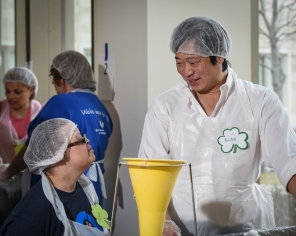 Chef Alan Yuen of Friendship Chinese Restaurant is a great supporter of TVC and enjoyed working side by side with our Trinity Volunteers.
